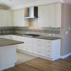 Contemporary Kitchen by Beckner Contracting Residential