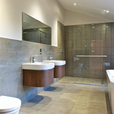 Contemporary Showers by Lisa Melvin Design