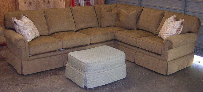 King hickory bentley sofa or sectional 8 way hand tied for Sofa 8 way hand tied