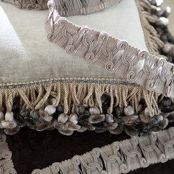 Tille & Regency Pillows - Tille and Regency Pillows from Collection Ten by Ebanista