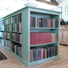 Traditional Bookcases by RH EBENISTERIE EURL