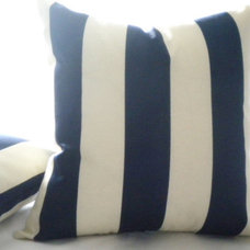 Beach Style Decorative Pillows by micablue.etsy.com