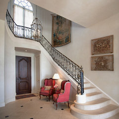 traditional staircase by Taylor Lombardo Architects