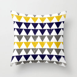 Nautical Mile Pillow Cover - Reminiscent of dock bunting on the New England shore, this preppy poplin pillow cover is sure to find a home in your living room! Whether your heart sails for nautical style or you run a tight ship in a colorful space, we think you'll be pleased with its comfortable, antiqued design.