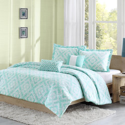 ID-Intelligent Designs - Intelligent Design Natalie 3-piece Duvet Cover Set - The Natalie duvet cover set features a teal and white geometric square print that will create a fun youthful look in your bedroom. Made from polyester for a soft touch,this set is machine washable for easy care and repeated use.
