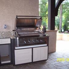 Traditional Patio by Grainda Builders, Inc.