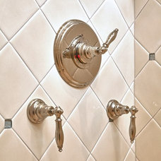 Traditional Showers by The Wiese Company