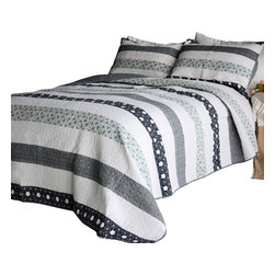 Blancho Bedding - [Cherise] 100% Cotton 3PC Vermicelli-Quilted Patchwork Quilt Set (Full/Queen) - Set includes a quilt and two quilted shams (one in twin set). Shell and fill are 100% cotton. For convenience, all bedding components are machine washable on cold in the gentle cycle and can be dried on low heat and will last you years. Intricate vermicelli quilting provides a rich surface texture. This vermicelli-quilted quilt set will refresh your bedroom decor instantly, create a cozy and inviting atmosphere and is sure to transform the look of your bedroom or guest room.