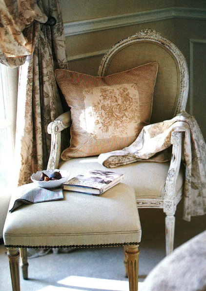 With an artful balance between earthy and chic, French country ...