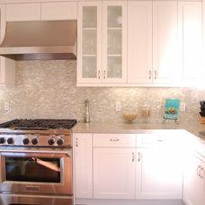 Is there a warm, white granite/quarzite? - Kitchens Forum - GardenWeb