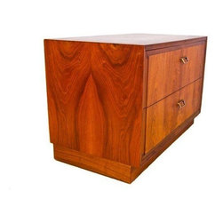 Pre-owned Founders MCM Walnut 2-Drawer Storage Chest - A Mid-Century low 2-drawer walnut chest by Founders. This functional, beautiful piece is a gem, as a nightstand, side table, or wherever extra drawer storage is needed. It features stylish pulls, lovely grain pattern, and is crafted with superior quality.