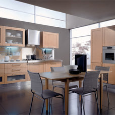 Contemporary Kitchen Cabinetry by Dayoris Custom Woodwork