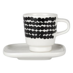 Marimekko Siirtolapuutarha Räsymatto Black and White Espresso Cup and Plate Set - Espress-yo-urself. And look, there's a little tray to put a biscotti on.