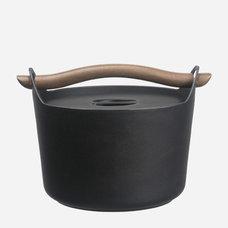 Modern Saucepans by Iittala