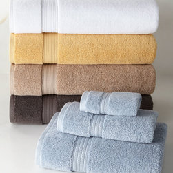 "Horchow - Six-Piece Essentials Towel Set Plain - SMOKE BLUE - Six-Piece Essentials Towel Set PlainDetailsTowels made of Egyptian cotton.Each six-piece set includes two 28"" x 53"" bath towels two 16"" x 30"" hand towels and two 12""Sq. face clothsMachine wash.Imported."
