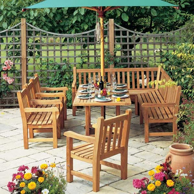 Barlow Tyrie - Barlow Tyrie Felsted Teak Collection - Barlow Tyrie manufacturers their own extensive range of outdoor teak furniture with traditional and contemporary designs that include teak chairs and tables, teak steamers, teak benches and swing seats, as well as items in teak mixed with sling that include chairs, sun loungers and deep seating.