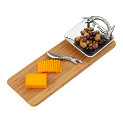 Arthur Court - Antler Bamboo Cheese Set - Treat guests to your regal yet rustic flair with this unique design melding stag antlers and bamboo stems. The cast aluminum bowl and knife make shining companions to the wooden board.