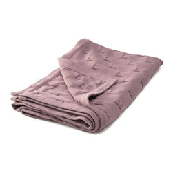 "Sefte Living - Sefte Qipi Baby Blanket Lilac - You won't even need to sing ""hush little baby"" as your precious little one basks in the sweet serenity wrapped up in this pure organic cotton blanket. Handcrafted by Peruvian artisans into a subtly woven pattern of circles nuzzled into squares, it offers an eco-friendly embrace while your infant sits (and sleeps) in the lap of luxury."