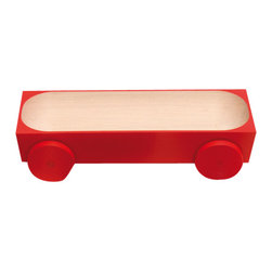 Y'A PAS LE FEU AU LAC - Kart 03 Lacquered - Red - A family of playful wooden serving dishes on wheels. Roll one to a friend, to share bread, nuts or snacks. Or race them against each other in jest. The simple, pared-down design puts the food centre-stage, while encouraging both interaction and community.