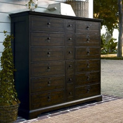 Paula Deen Bubbas 6 Drawer Chest - Molasses - The Paula Deen Bubbas 6 Drawer Chest - Molasses is a versatile piece that makes a sensible addition to any decor. This elegant traditional-style chest is constructed from fine hardwood solids and features six spacious pull-out drawers for all your foldable laundry and accessories; a jewelry tray is included in the upper right drawer. Select poplar veneers and a rich molasses fine define the piece's memorable look. A pull-out clothes rod is incorporated into the design.About Universal Furniture InternationalRecognized as a leader in exceptionally crafted home furnishings, including bedroom and dining room items, entertainment centers, and more, Universal strives to make items that are styled to endure but always remain fresh. They make it a goal to include features that fit the way their customers live today, and to find prices that put high-quality products within reach. These are the principles that guide the work at Universal, essential elements of good, affordable, and smart design.