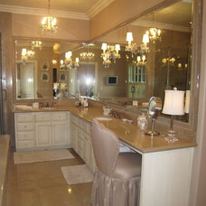 Traditional Bathroom by Von Der Ahe Interiors, Inc.