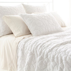 """Pine Cone Hill - PCH Marina White Quilt - Contemporary textures lend eclectic style to the PCH Marina quilt. In soothing white, this neutral blanket excites with a hand-stitched circular pattern. 100% cotton voile; Machine wash; Available in twin, full/queen and king sizes; Designed by Pine Cone Hill, an Annie Selke company Twin: 68""""W x 88""""H; Full/queen: 88""""W x 88""""H; King: 102""""W x 92""""H"""