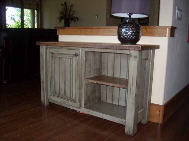 Side Tables And Accent Tables by The Rusty Nail, Inc.