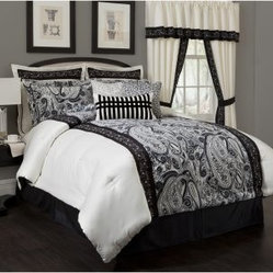 Present Living Home Dalya Comforter Set