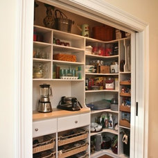 Kitchens, Pantries, & Breakfast Rooms / Custom pantry - traditional - kitchen -