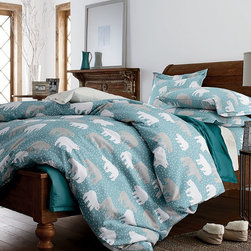 Deep Snow Flannel Sheets - I love the feel of flannel sheets on my bed. These 100 percent cotton flannel ones will add warmth and comfort.