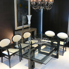 Modern Dining Sets by GONZALO DE SALAS