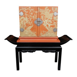 1940's Carved Chinoiserie Bar on Pedestal - This stunning piece from the 1940s is lacquered in orange and black and beautifully hand-painted. The design is quite unique, and the inside is also beautifully lacquered in orange.