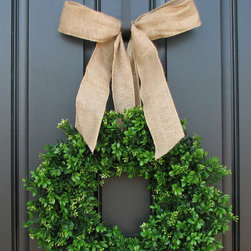 Spring Wreath By Twoinspireyou - Add a little life and greenery to your front door with this spring boxwood wreath with burlap ribbon. It's clean, fresh and adds a bright pop of green.
