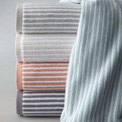"""Kassatex - Kassatex Linea Hand Towel - Striped towels of long-staple combed Turkish cotton come in an array of colors; choose below. 650 gram. Machine wash. Made in Turkey. Bath towel, 30"""" x 54"""". Hand towel, 18"""" x 28"""". Face cloth, 12"""" x 13""""."""