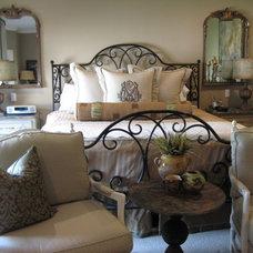 Bedroom by MMI Design
