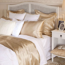 Contemporary Sheet And Pillowcase Sets by ZARA HOME