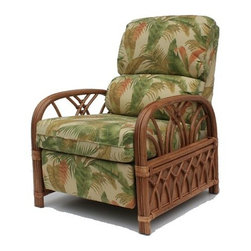 """Wicker Paradise - Rattan Recliner 