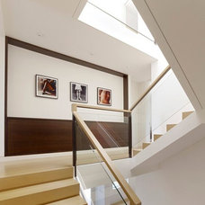 10 Staircase landings featuring creative use of space