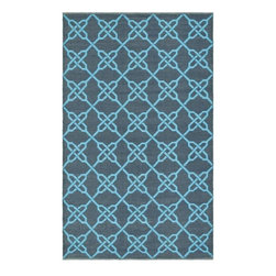 Safavieh - Handmade Thom Filicia Tioga Spray/ Blue Outdoor Rug (3' x 5') - This indoor/outdoor rug has a brown background and displays stunning blue accents. This handwoven rug is made from recycled plastic bottles and is resistant to mold,mildew,sun,water and other elements.
