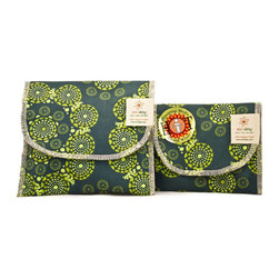 Eco Ditty - Eco Ditty Sandwich & Snack Bag , Eyes of the World - When you're packing a sandwich or a loose snack like pretzels or nuts, a Bag is indispensable. Unfortunately, the plastic that most people reach for takes up space in landfills, where it will remain for decades.