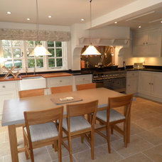 Traditional Kitchen by Fiona Watkins Design Limited