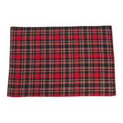 Saro - Plaid Holiday Napkin, Red - Set of 6 - Set the table in classic holiday plaid for a traditional table setting.