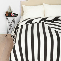 Assembly Home Mixed Twist Duvet Cover, Queen - This is way too much contrast for a place of serenity, in my opinion, but if you like this kind of thing.