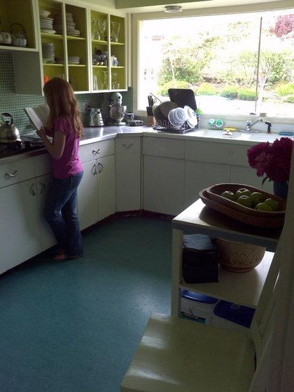 2 cook kitchens