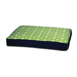 ez living home - Honeycomb Memory Foam Topper Pillow Bed Lime - Is your furry friend giving you puppy dog eyes because you won't let him up on your bed? What he needs is his very own puppy bed, complete with a memory foam topper so cozy, it's worthy of human envy. It doesn't hurt that it's also got a stylish patterned cover in sassy lime and navy to please your decorative tastes.