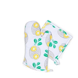 Savannah Paisley Collection - Pineapple - Oven Mitt/Pot Holders