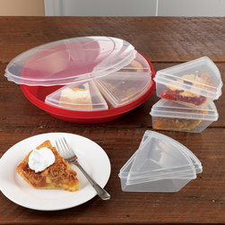 Pie Keeper With Slice Savers - These containers are great for leftovers, and especially for taking a slice to work for lunch.