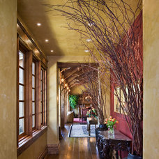 Traditional Hall by Locati Architects