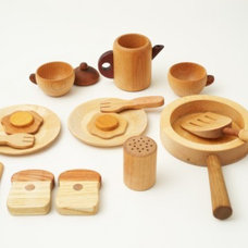 Traditional Kids Toys by greenUPGRADER