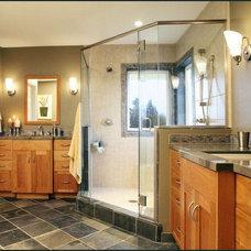 Craftsman Bathroom by Diane Plesset, CMKBD, NCIDQ, C.A.P.S.